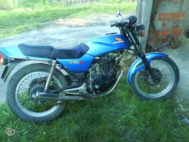 Ma petite Honda 250 rs 1981 250_rs10