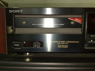 Sony CDP-557ESD CD player (Used) 03102020