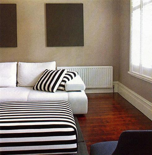Couleur De Mur besoin idée pour couleur murs dans chambre avec mobiliers noir et blanc