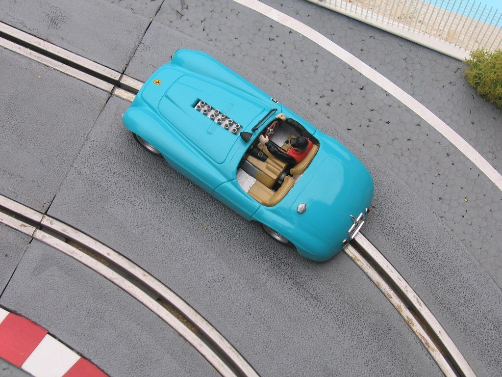 Ferrari 330P4 Img_0010