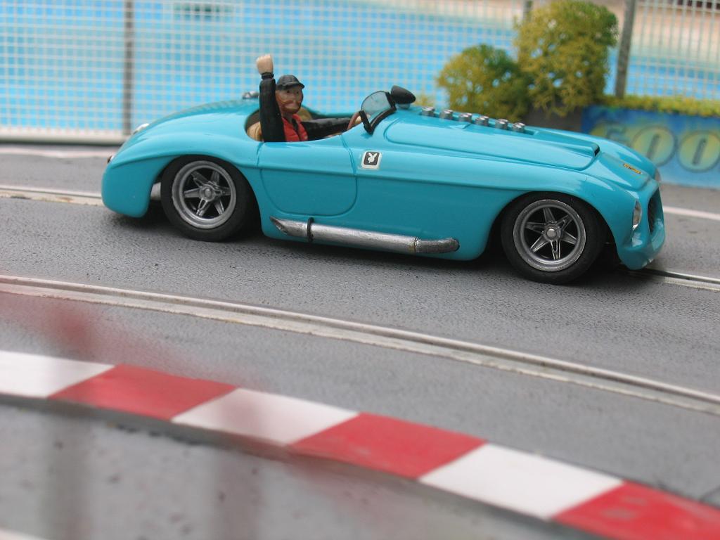 Ferrari 330P4 Img_0012