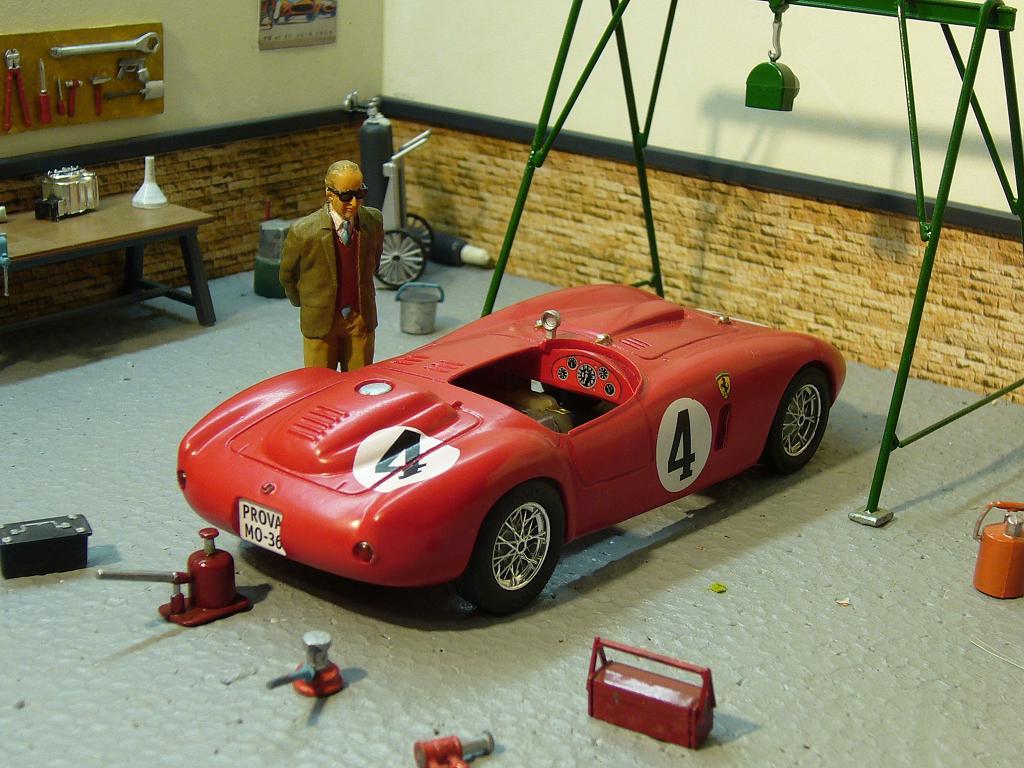 Ferrari 330P4 Slot_118
