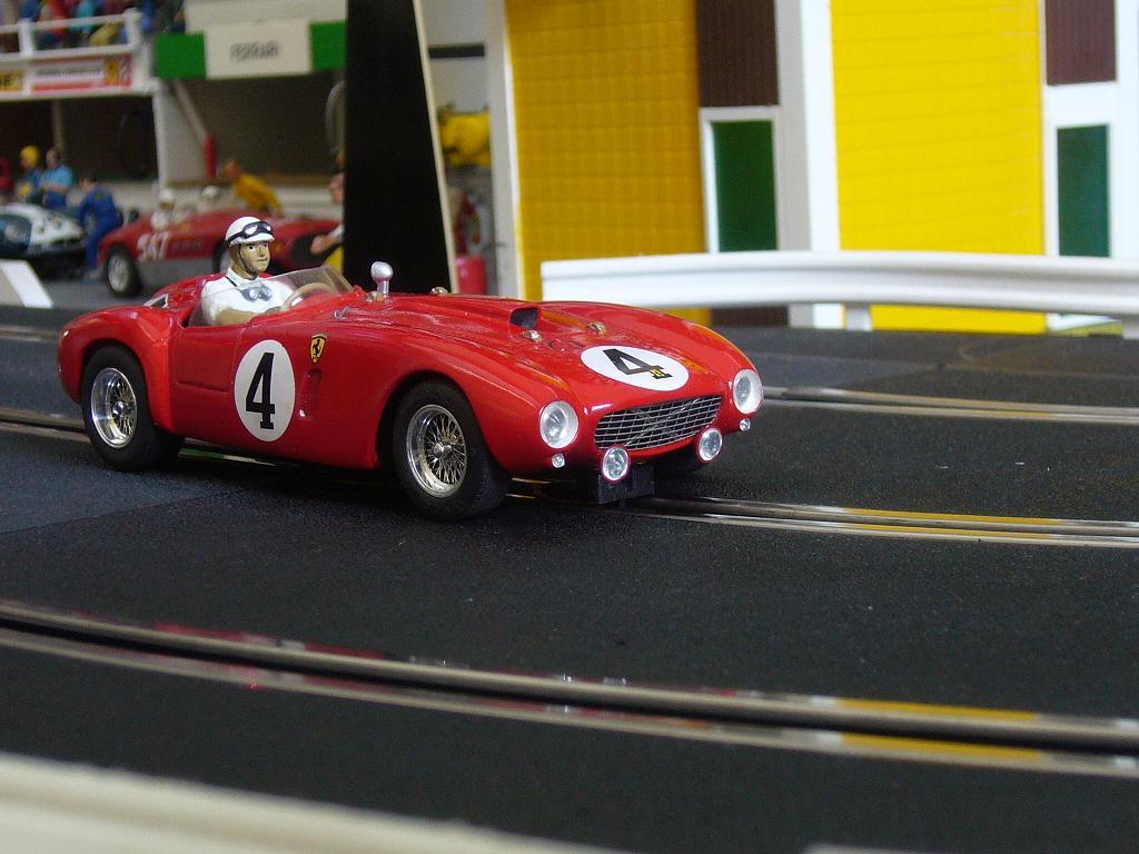 Ferrari 330P4 Slot_120