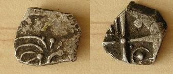 """Drachme """"à la tête triangulaire"""" - IIe-Ier s (Cadurques) [WM n° 8239] C110"""