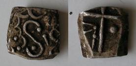 Drachmes au triskèle et à tête triangulaire [WM n° 7633 à 7637] Carduq10