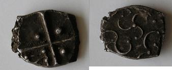 Drachmes au triskèle et à tête triangulaire [WM n° 7633 à 7637] Carduq11