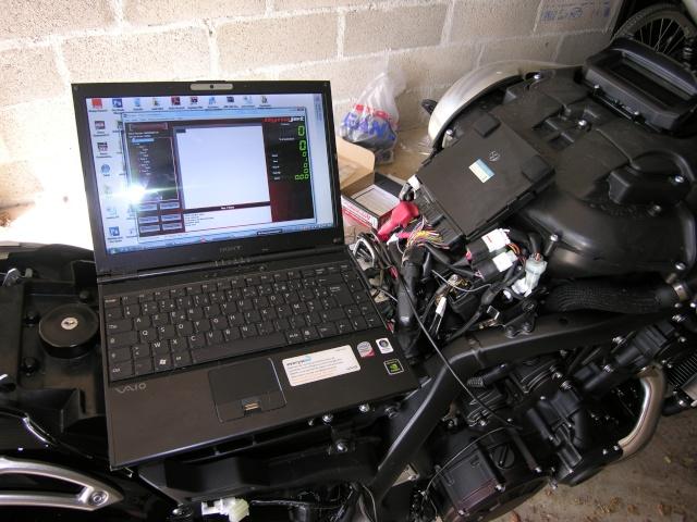 Tout sur le Power Commander 5 Dynojet / Shifter / AutoTune Dscn1320
