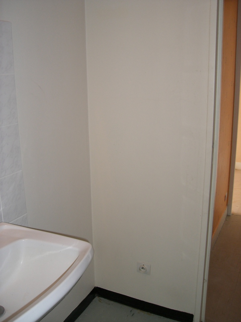 Aménager un F1bis sejour-chambre en commun Sdb_210