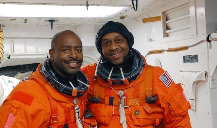 [STS-129] Atlantis : préparatifs (lancement le 16/11/2009) - Page 6 610