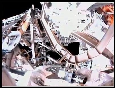 [STS-128] suivi de l'EVA#3 (Olivas et Fuglesang) Cable10