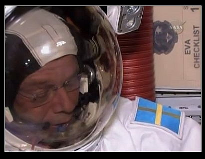 [STS-128] suivi de l'EVA#3 (Olivas et Fuglesang) Criste10