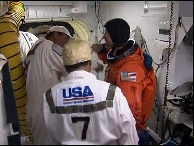 [STS-127: Endeavour] Lancement : tentative 6 (15/07 à 22h03 GMT) - Page 19 E10