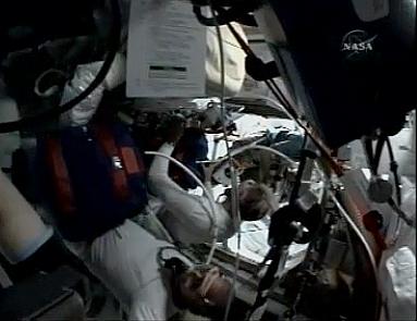 [STS-127: Endeavour] suivi de la mission. - Page 4 Fd4110