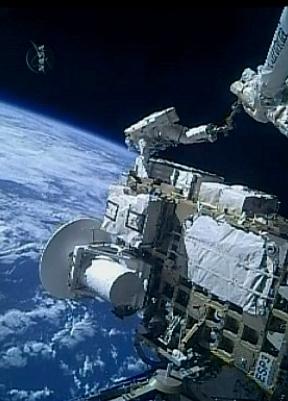 [STS-127: Endeavour] EVA 2 (Wolf & Mashburn) Fd6c10