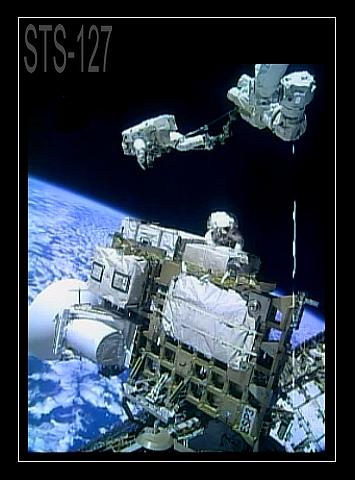 [STS-127: Endeavour] EVA 2 (Wolf & Mashburn) Fd6e10