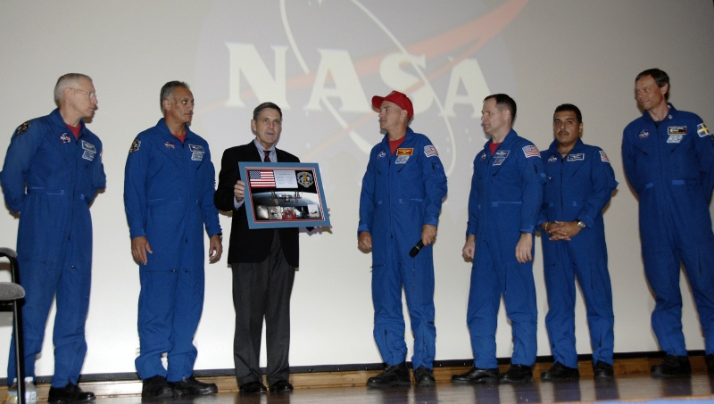 [STS-128: Discovery] suivi de la mission. - Page 9 Images11