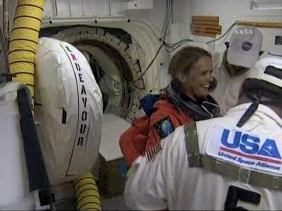 [STS-127: Endeavour] Lancement : tentative 6 (15/07 à 22h03 GMT) - Page 4 L910