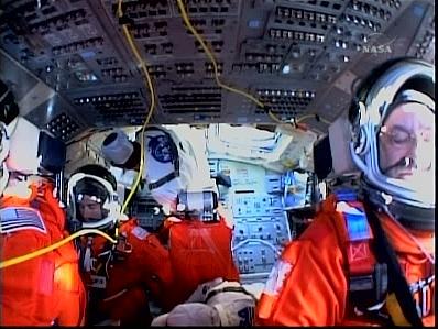 [STS-127: Endeavour] Lancement : tentative 6 (15/07 à 22h03 GMT) - Page 5 La110