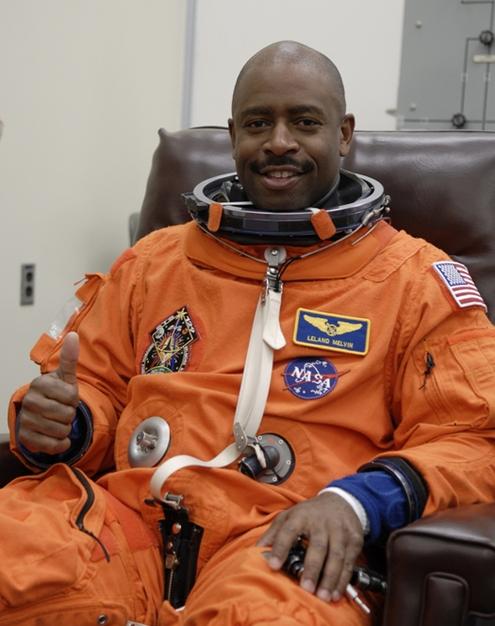 [STS-129] Atlantis : préparatifs (lancement le 16/11/2009) - Page 6 R112