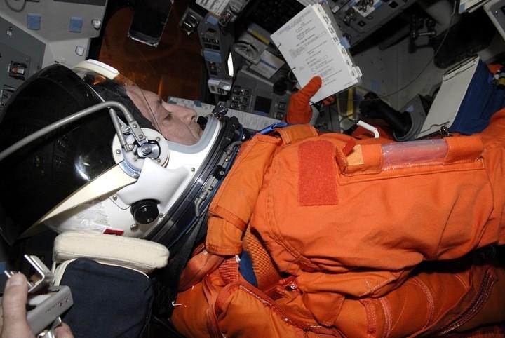 [STS-129] Atlantis : préparatifs (lancement le 16/11/2009) - Page 6 R410