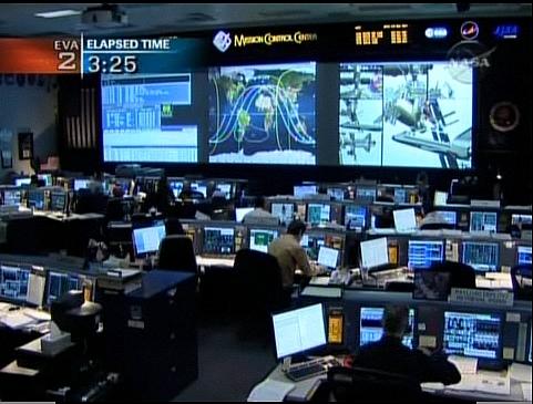 [STS-129] Atlantis : suivi de l'EVA#2 (Foreman & Bresnick) Flight day 6 Sans_176