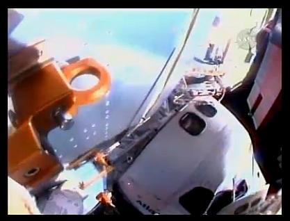 [STS-129] Atlantis : suivi de l'EVA#2 (Foreman & Bresnick) Flight day 6 Sans_180