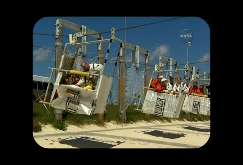 [STS-129] Atlantis : préparatifs (lancement le 16/11/2009) - Page 2 Sans_t67