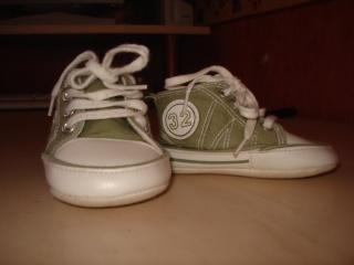 chaussures, chapeau pour enfant. Chauss11