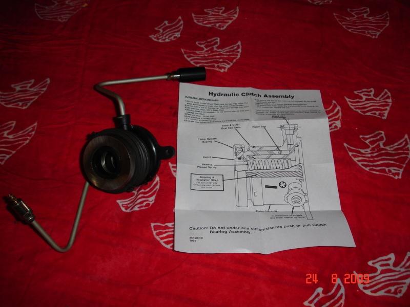 Butée hydraulique d'embrayage Dsc08010
