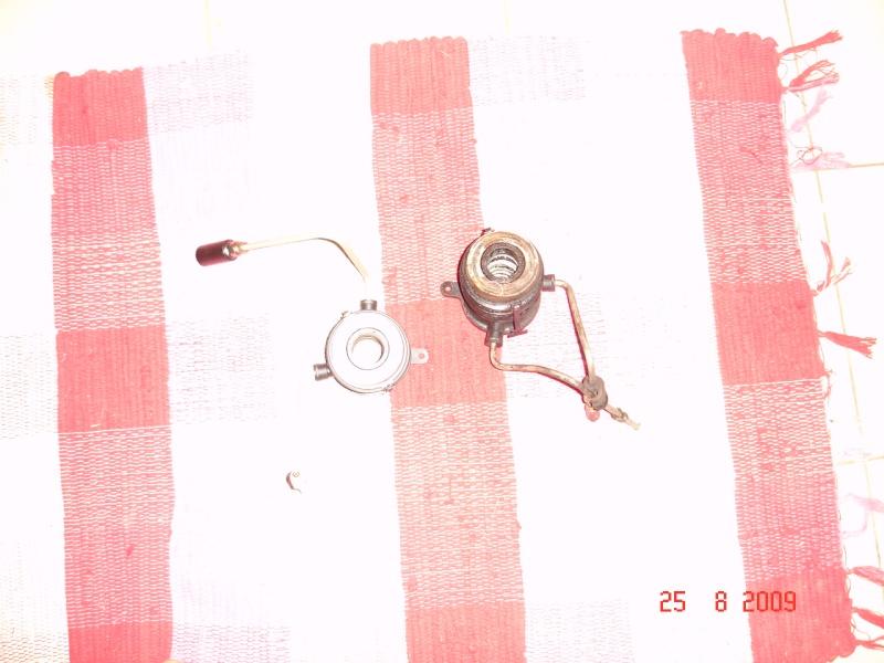 Butée hydraulique d'embrayage Dsc08022