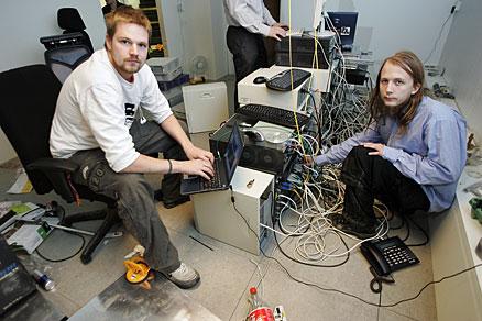 Торрент-трекер Pirate Bay вернулся в онлайн. Dznddd10