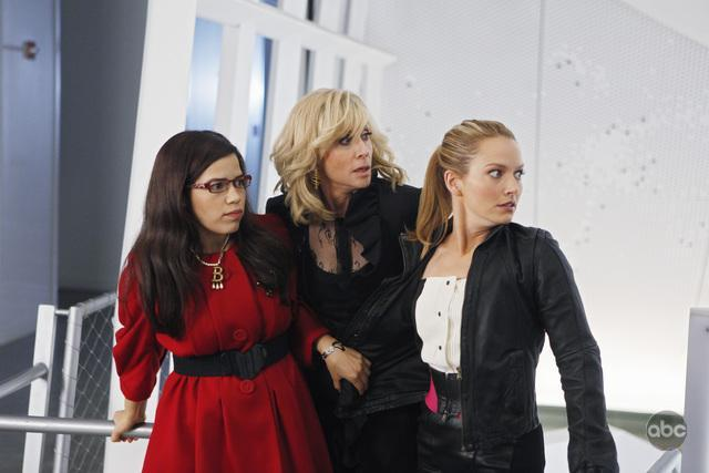 promo photos for episode 4. 07 'level (7) with me 11800313