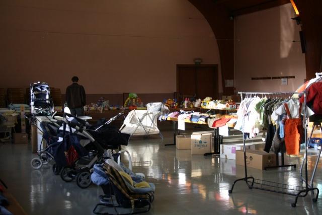 Bourse aux vêtements enfants à Wangen organisée par l'ACSL Img_5723