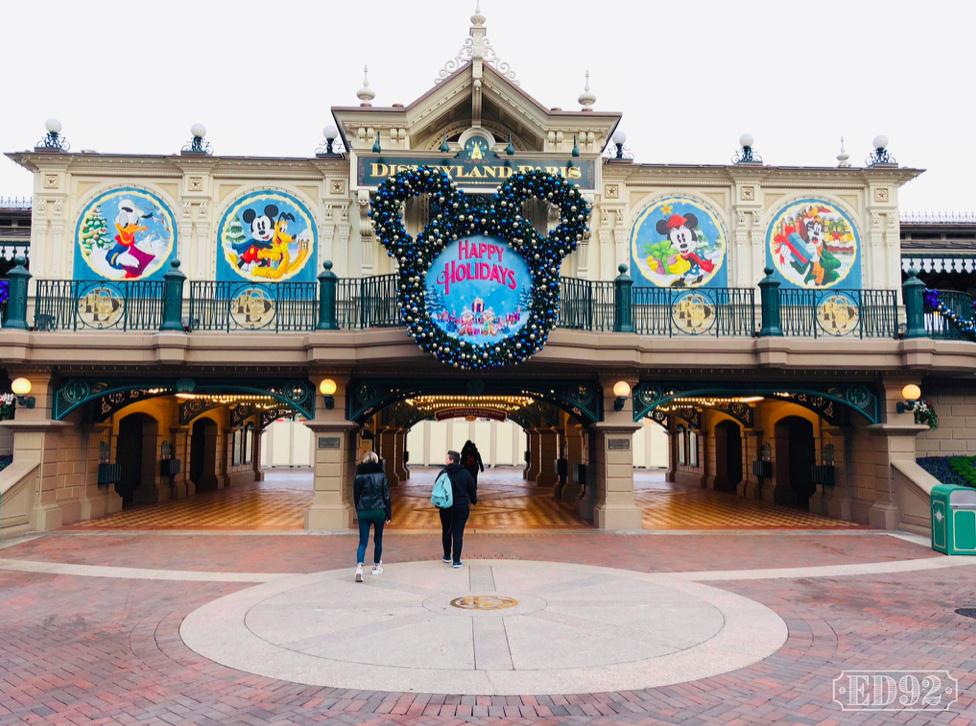 [Saison] Le Noël Enchanté Disney : une célébration Mickeyfique (2018-2019) - Page 5 Captur18