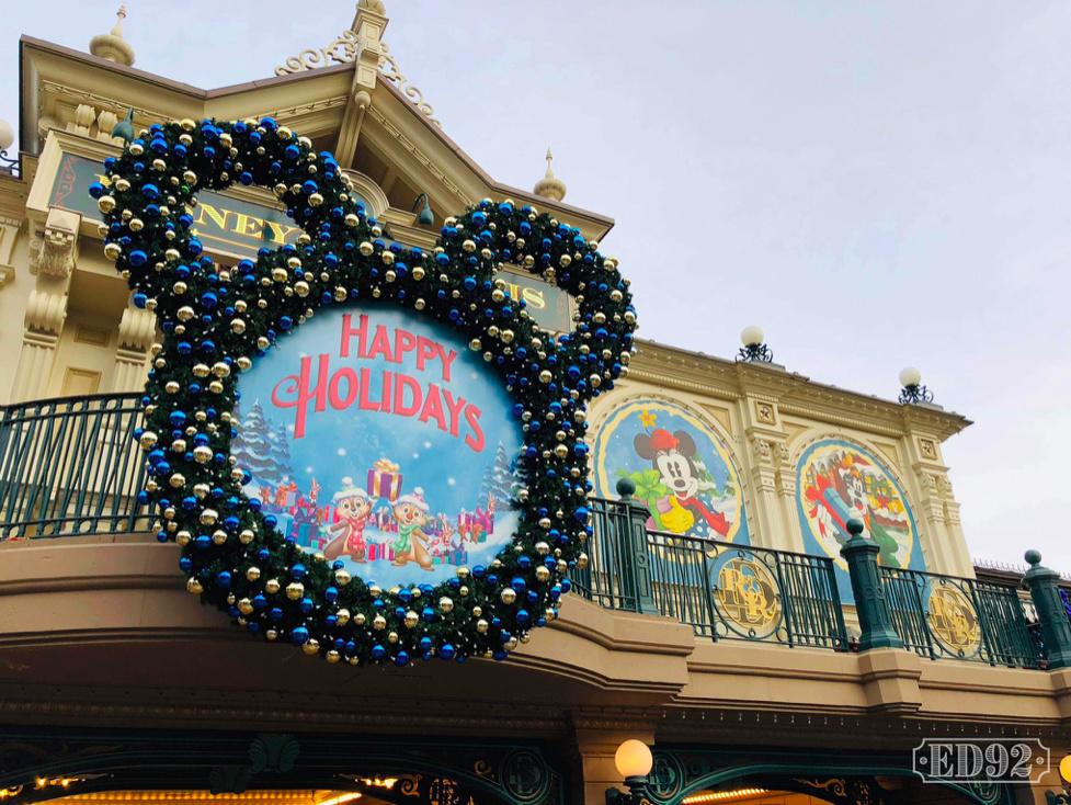 [Saison] Le Noël Enchanté Disney : une célébration Mickeyfique (2018-2019) - Page 5 Captur19