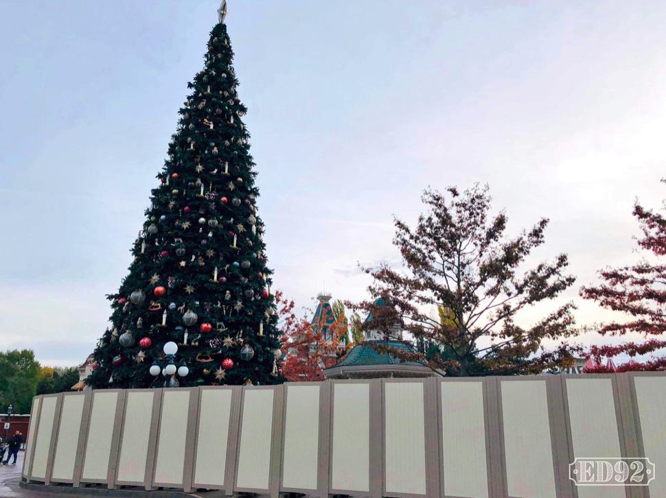[Saison] Le Noël Enchanté Disney : une célébration Mickeyfique (2018-2019) - Page 5 Captur21