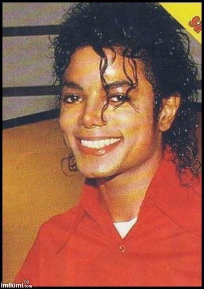 Il sorriso di Michael - Pagina 40 Smile-10