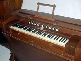 donne petites pieces d'harmonium d'église Harmon14