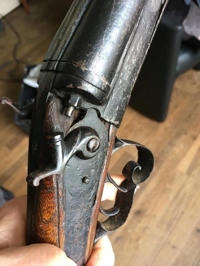 Fusil à chiens St Etiennes. Fusil210