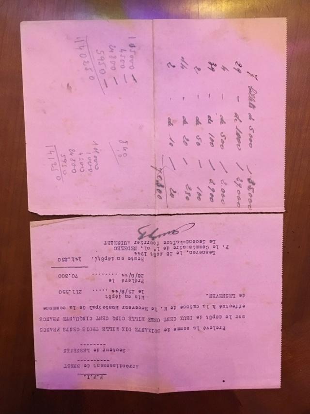 Agenda 1944 avec un joli plus. Gp1410