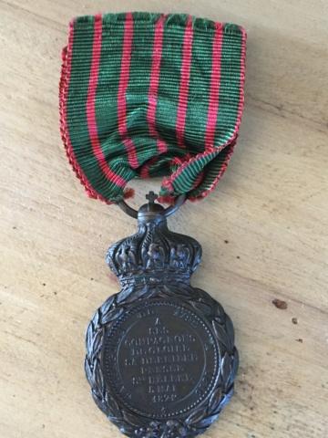 Ruban médaille Sainte Hélène Img_2511