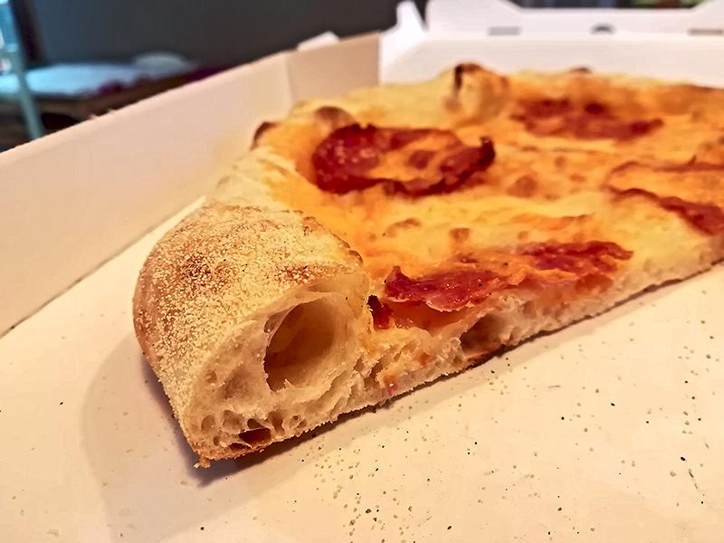 Photos alvéolage pizzas  - Page 3 Challe10