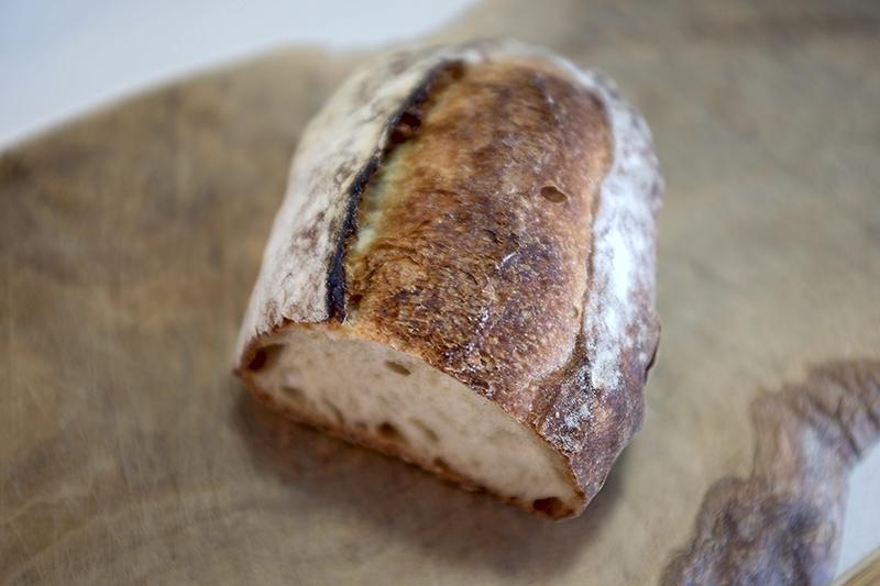 Du pain au four à convoyeur Dscf5312