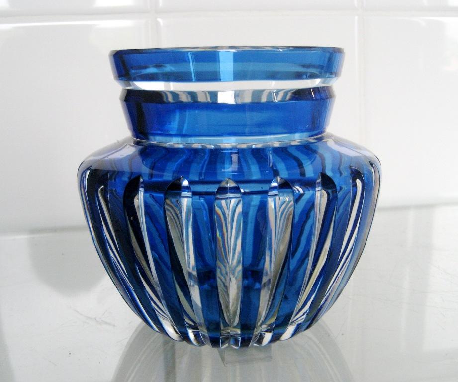 vase en cristal  overlay bleu VSL ??? Caraf177
