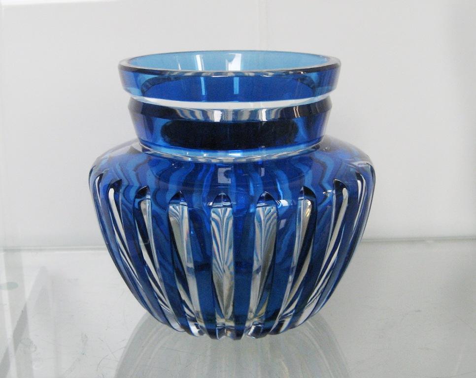 vase en cristal  overlay bleu VSL ??? Caraf178