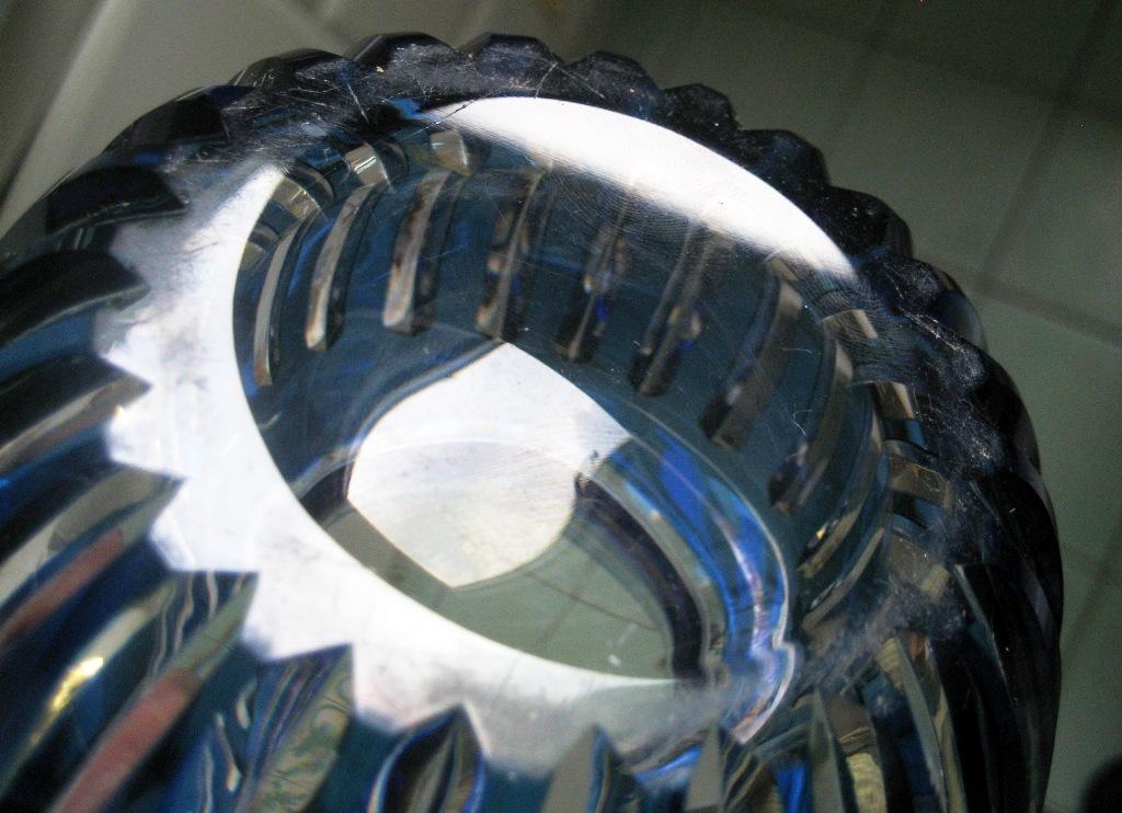 vase en cristal  overlay bleu VSL ??? Caraf179