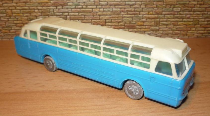Omnibusse in 1:87 vor 1990 Zwisch10