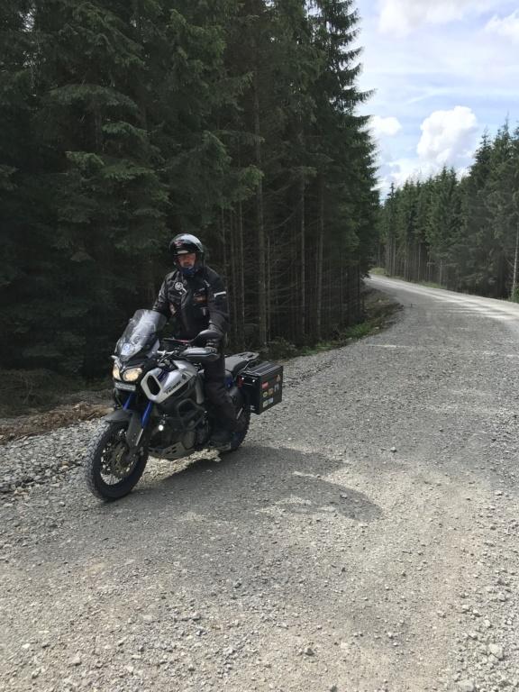 Vos plus belles photos de moto - Page 15 Img_8510