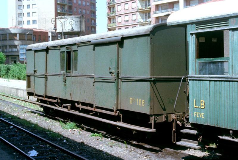 Vagons de fusta de via estreta Catalunya i Espanya 2308lb10
