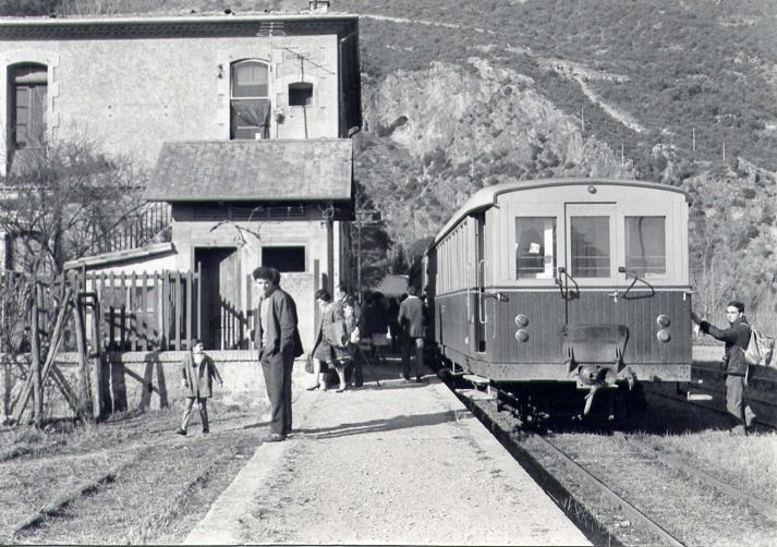 Maqueta del tren d'olot H0m - Página 2 Paster11